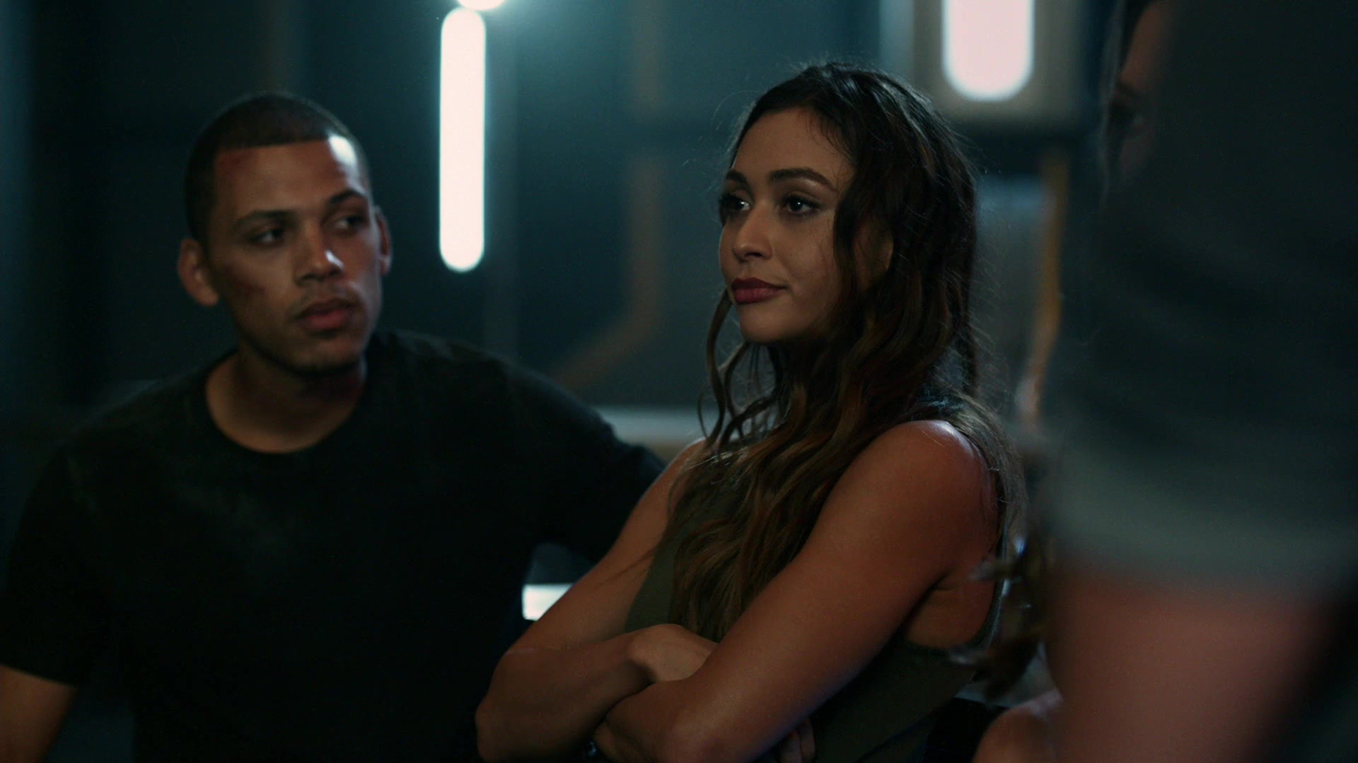 https://www.lindseymorgan.net/gallery/albums/Television/The100/Season6/Screencaps/6x01/the100_6x01_0115.jpg